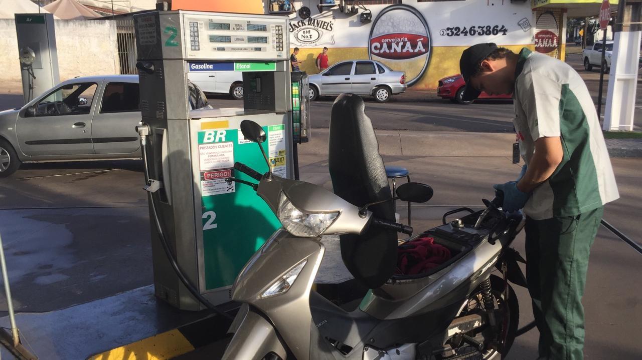 Maringá tem a gasolina mais cara do Paraná, diz ANP em nova pesquisa