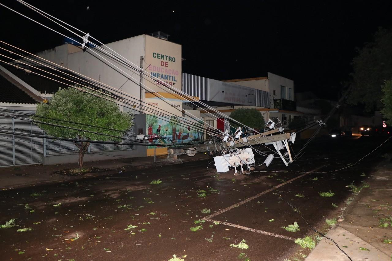 Em Sarandi, 28 mil imóveis ficaram sem luz após temporal