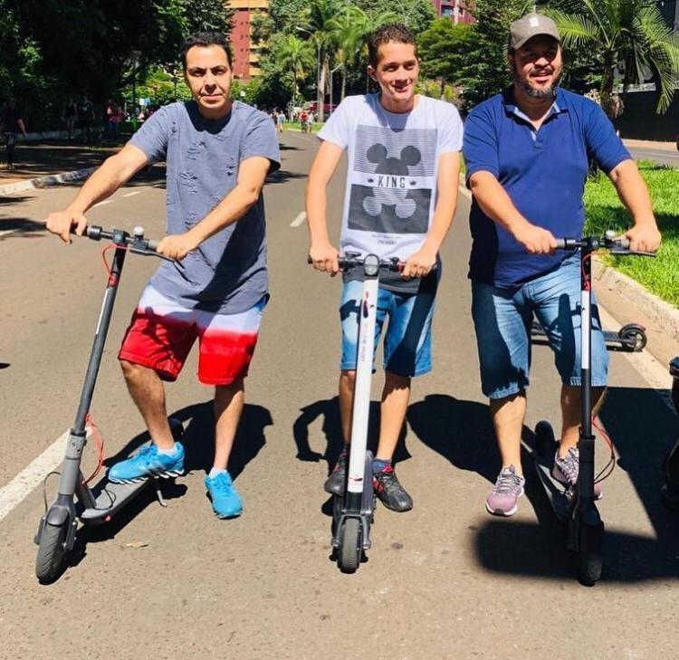 Enquanto não se tem lei específica, autoridades discutem parâmetros sobre o uso de patinetes como meio de transporte