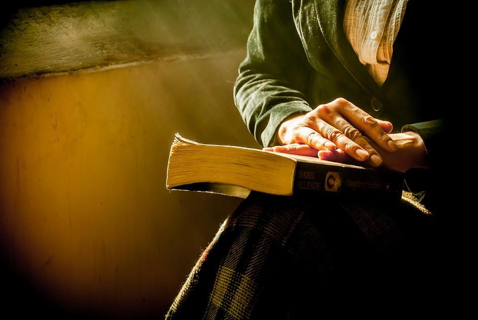 Entre livros e remédios