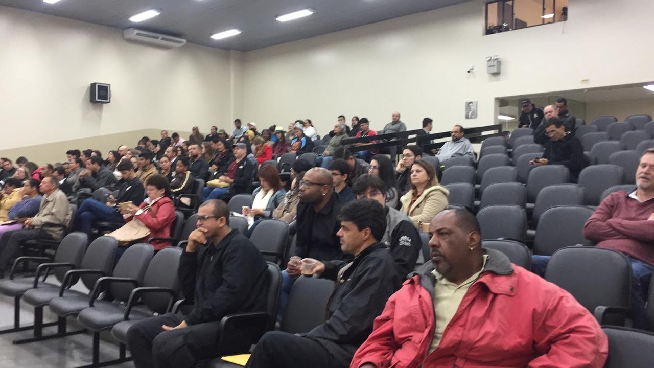 Vereadores rejeitam comissão processante contra Mário Verri