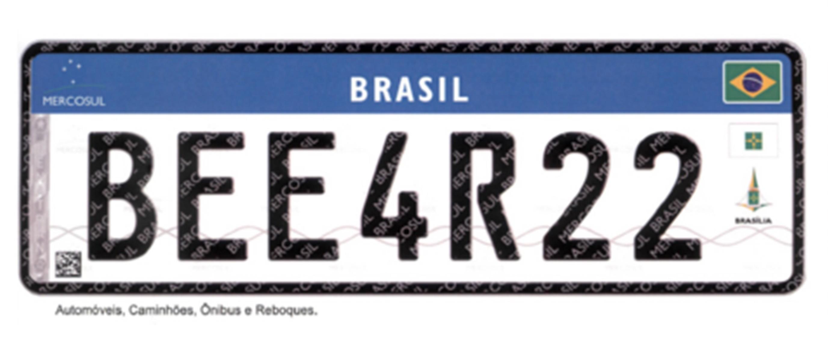 Instalação da placa padrão Mercosul causa transtornos em Maringá