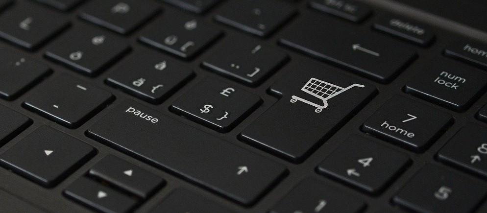 Confira dicas para comprar na internet com segurança e eficiência