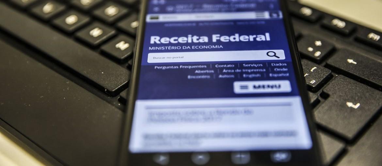 Receita Federal espera receber 107.400 declarações do IR em Maringá