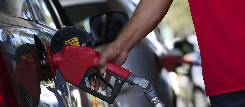 """""""Os postos são tão prejudicados quanto os consumidores"""", afirma Paranapetro"""