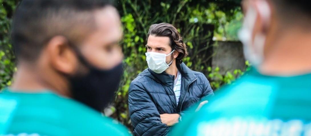 Com trabalhos limitados, Maringá FC retoma atividades