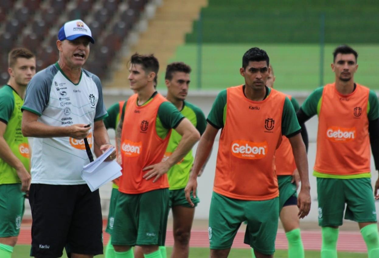 Maringá FC faz último treino antes da estreia no Brasileiro da Série D