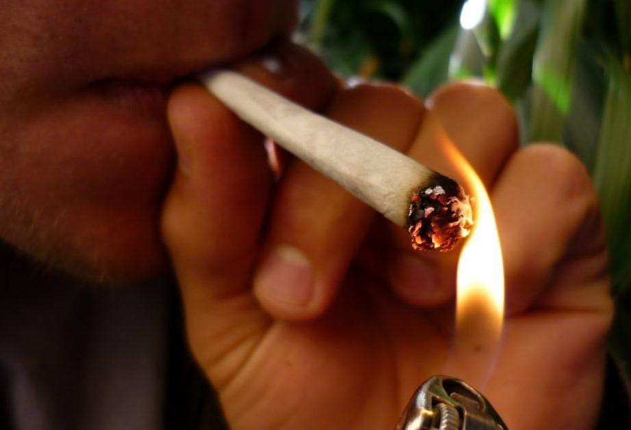 Drogas e juventude em debate
