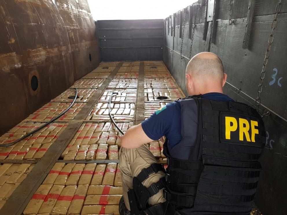 Denarc e PRF apreendem mais de 100 toneladas de maconha em 2017