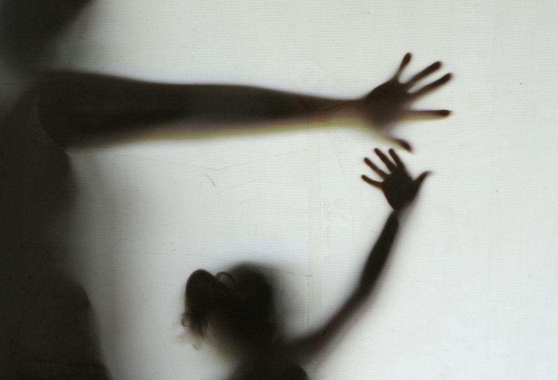 Padrasto é acusado de abuso sexual contra enteadas de 4 e 11 anos