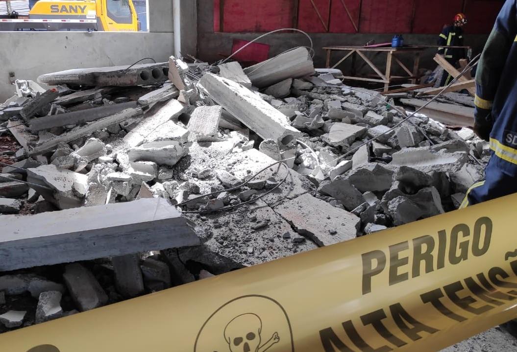 Jovem morre após queda de laje em centro universitário em Maringá