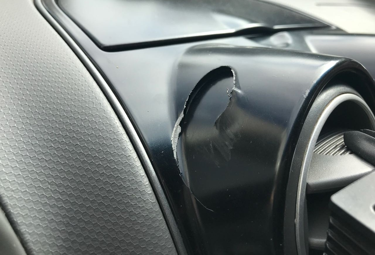 Motorista do Uber quase é baleado durante assalto na zona 7