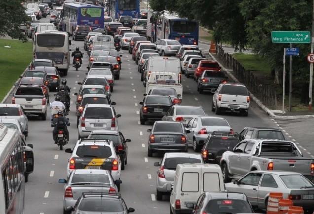 Quanto custa andar de carro?