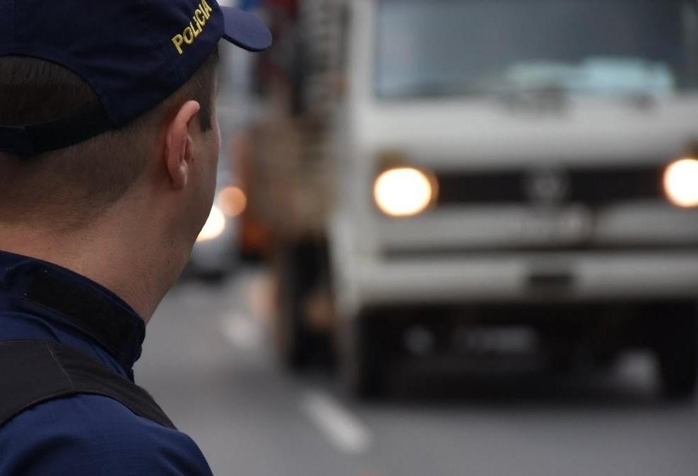 PRE multa quase 1,2 mil caminhões por excesso de peso nas rodovias