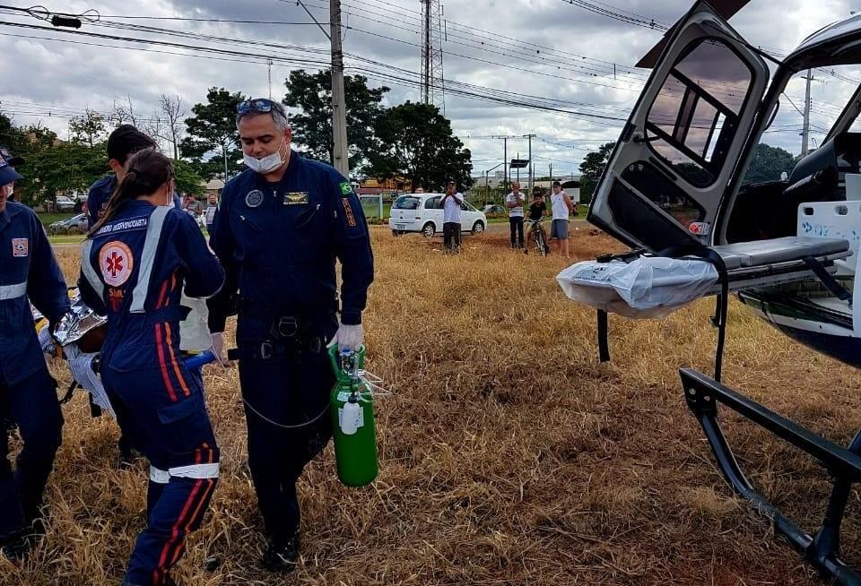Homem cai de telhado enquanto limpava calha em Marialva