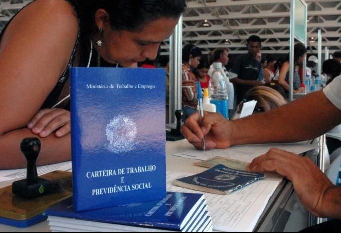 741 vagas de emprego foram geradas em setembro em Maringá