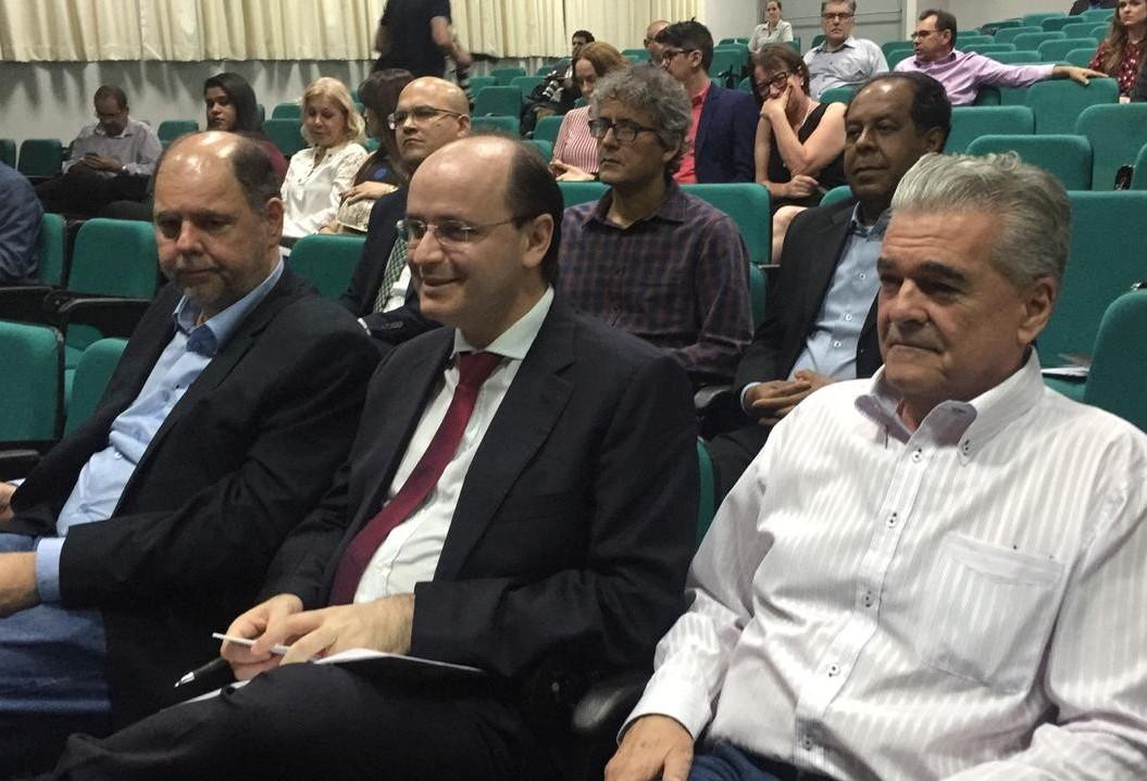 Ministro da Educação anuncia quase R$ 21 mi para universidades estaduais
