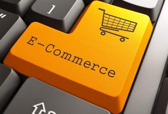 Que plataforma é determinante na compra online?
