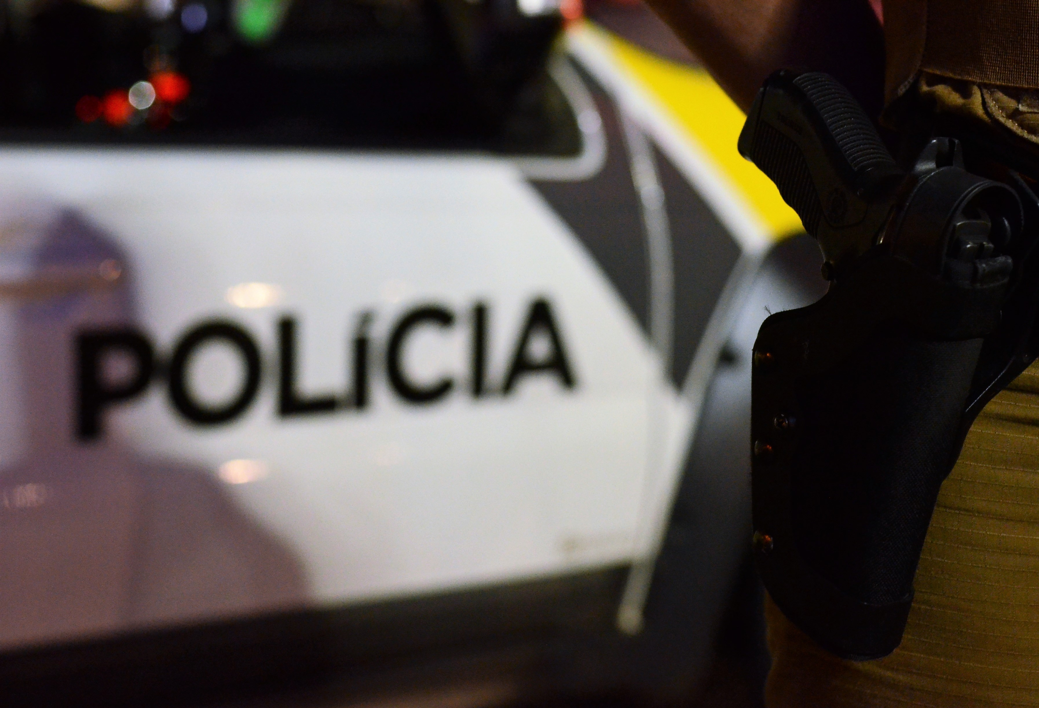 Em confronto com a polícia, assaltante é baleado