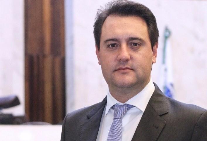 Ratinho Júnior eleito governador do Paraná com 59,99% dos votos
