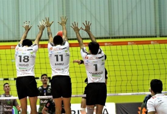 Copel Telecom conquista terceira vitória consecutiva no Paranaense