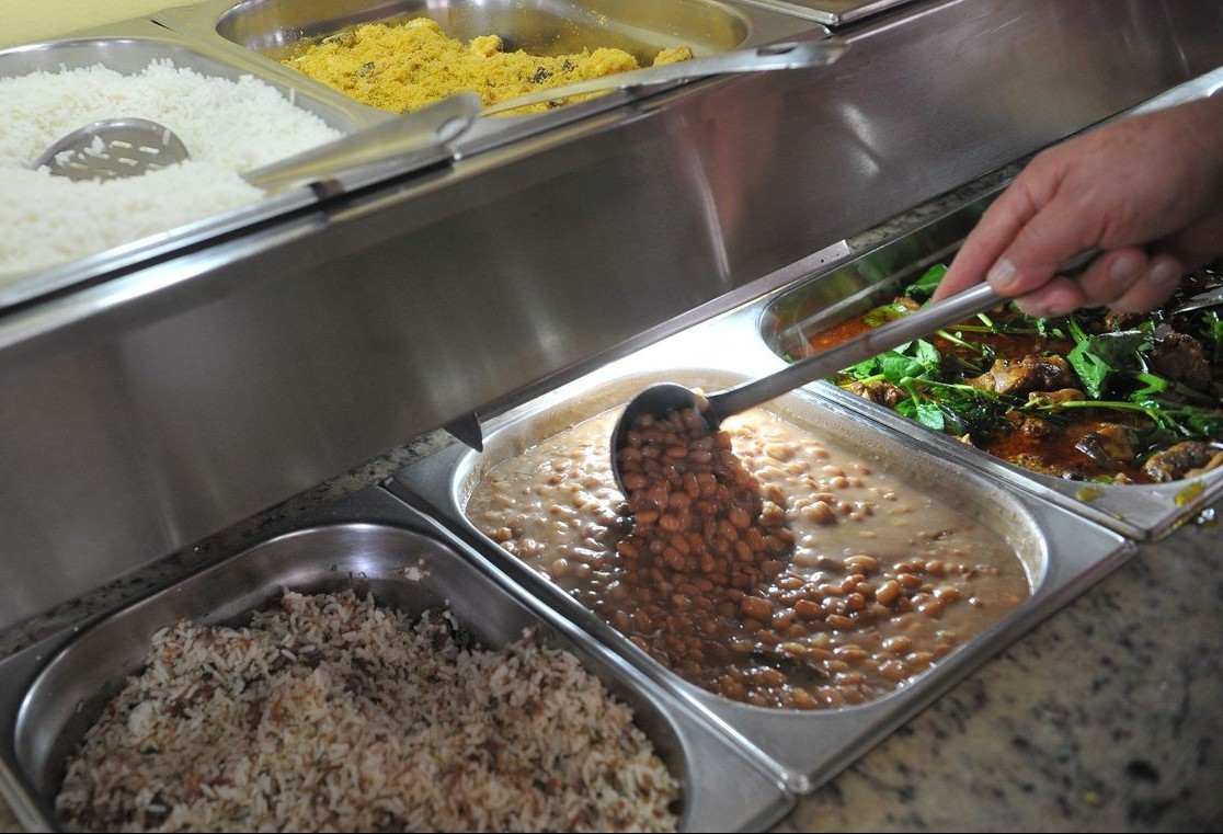 Vale-refeição é vendido por 39% dos beneficiados