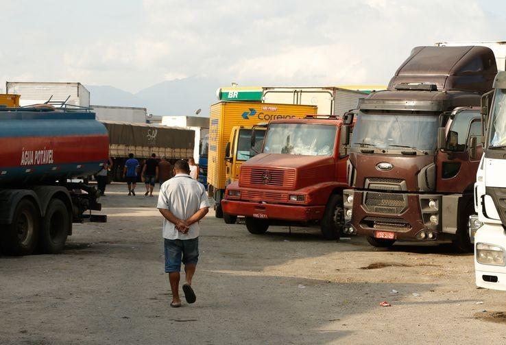 Ser motorista de caminhão é ter uma profissão solitária