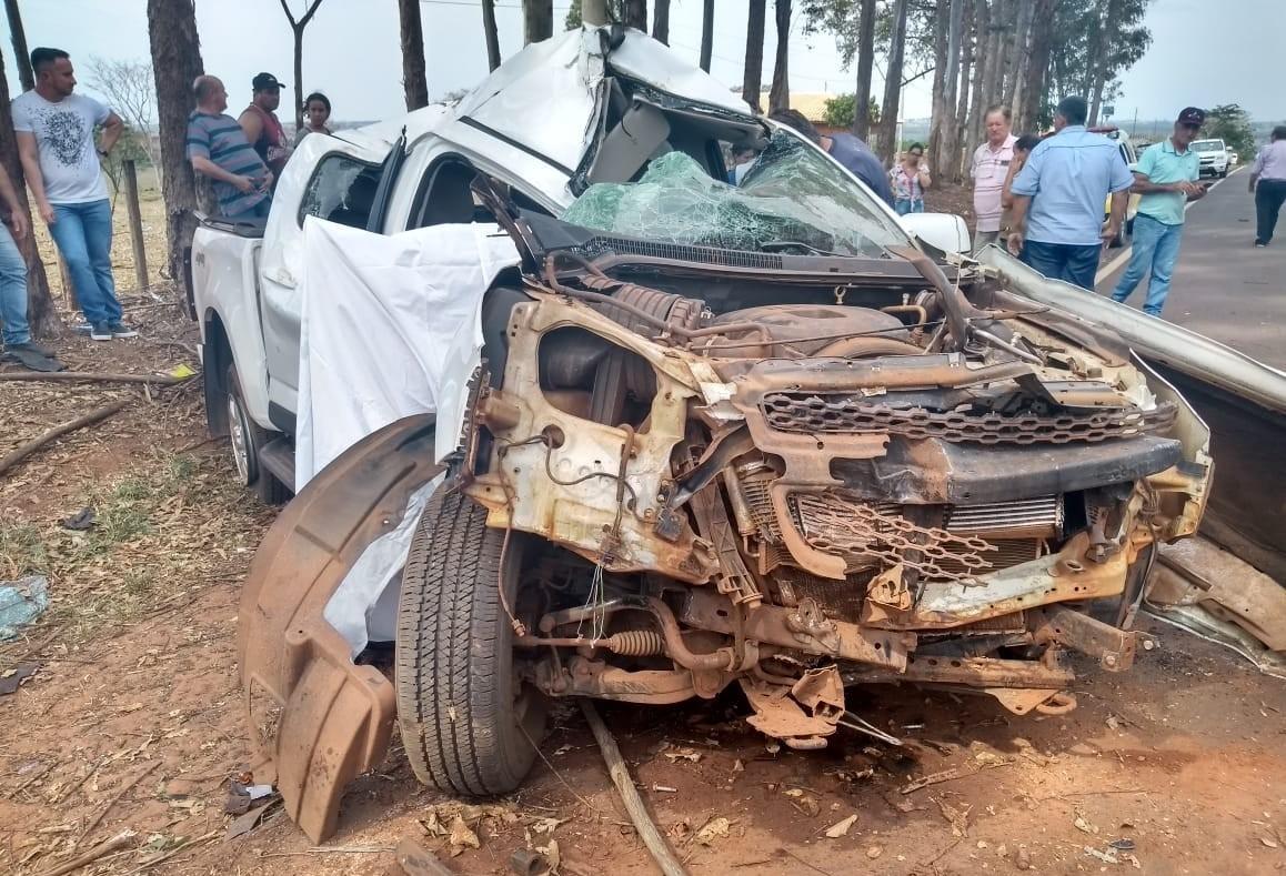 Motorista morre após colisão contra árvore na PR-478