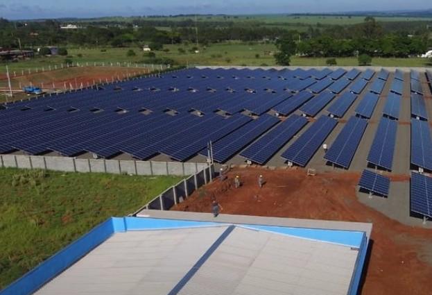 TRE inaugura usina solar em Paranavaí