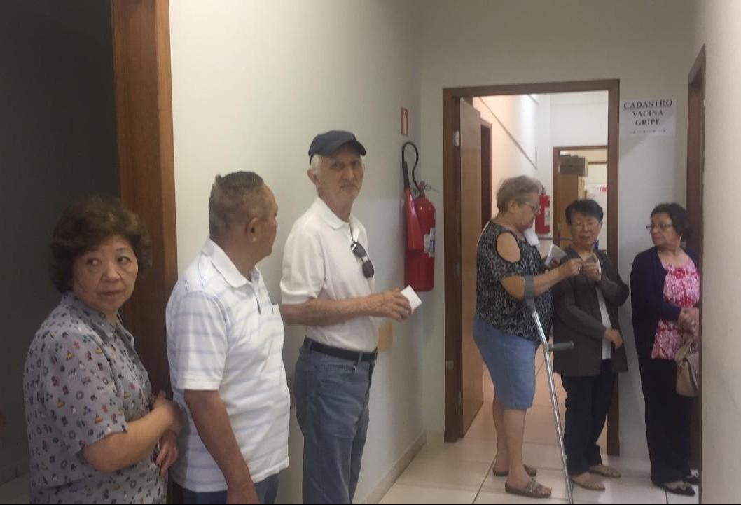 Maringá precisa vacinar 125 mil pessoas e recebeu 35% das doses