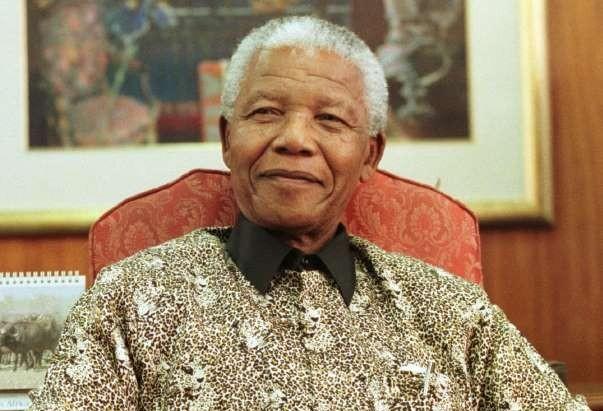 Biblioteca CBN comemora 100 programas: Nelson Mandela é homenageado