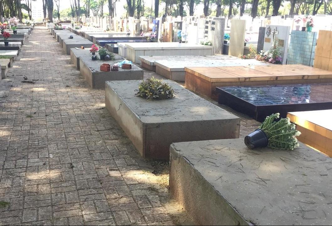 Abertura de novas sepulturas garante mais seis anos de capacidade