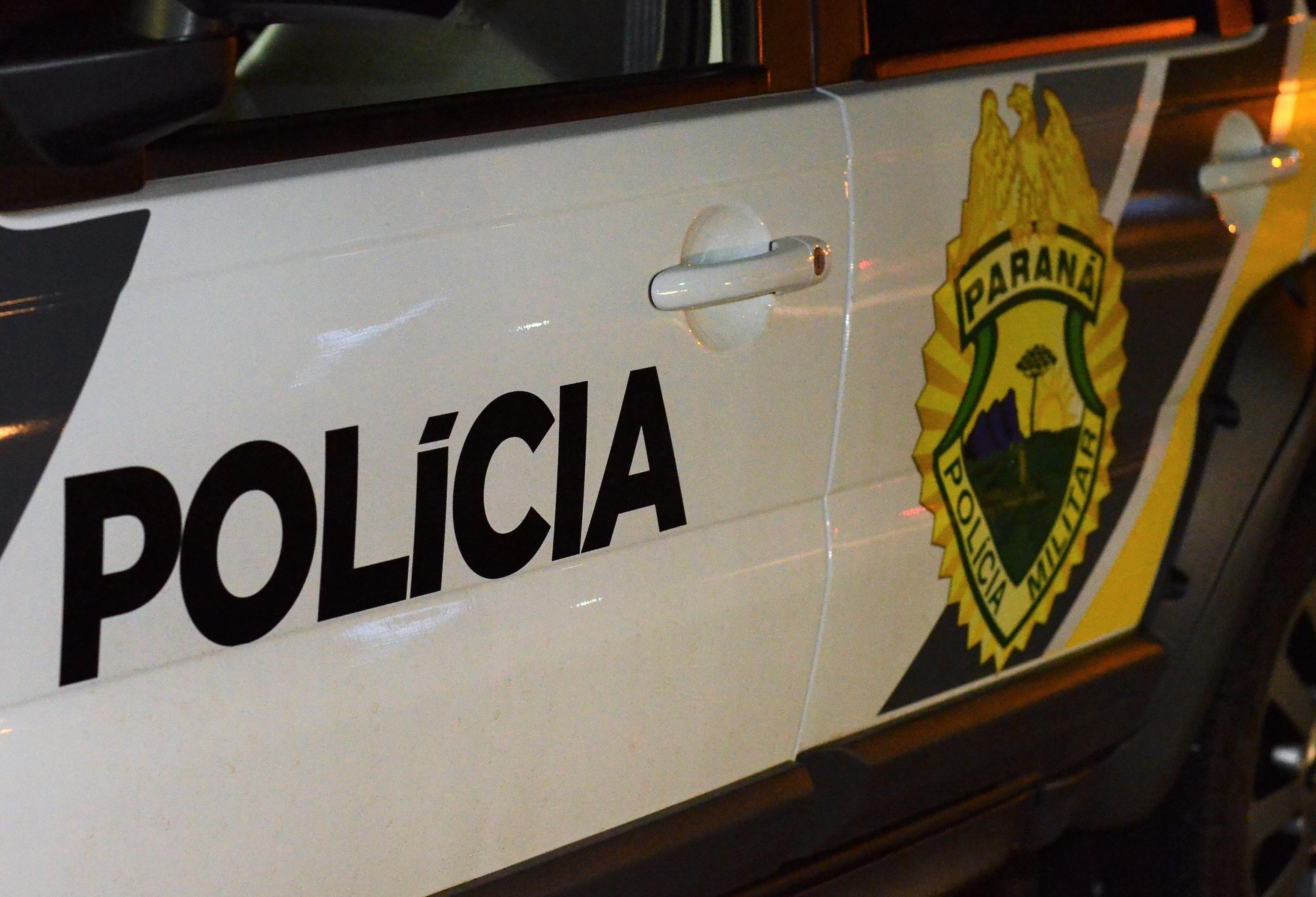 Dois adolescentes, dois homens e uma mulher são detidos por tráfico de drogas