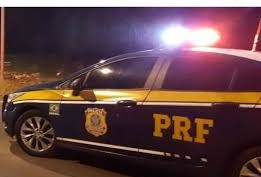 Garupa de moto morre em acidente na BR-376