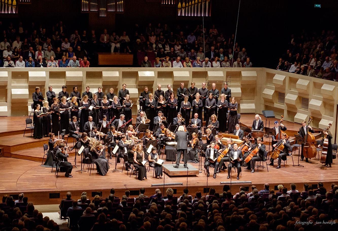Orquestra holandesa se apresenta em Maringá
