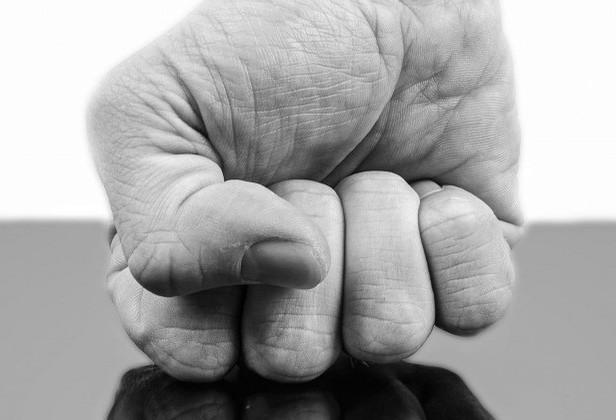 Gilson Aguiar: 'intolerantes de plantão, agradeçam a democracia'