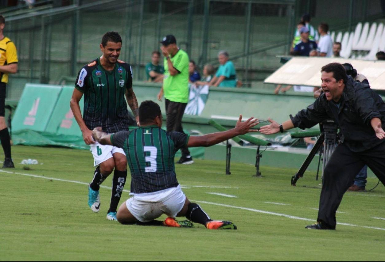 MFC fez história no jogo contra o Coritiba