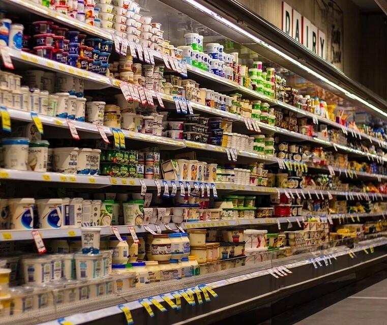 Coronavírus: Estocar alimentos é exagero, segundo administradora