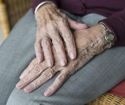 Aos 101 anos, paciente mais velho com Covid-19 em Maringá está recuperado