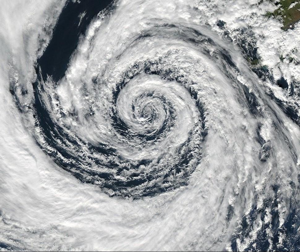 Ciclone bomba no Paraná? Saiba o que dizem os meteorologistas