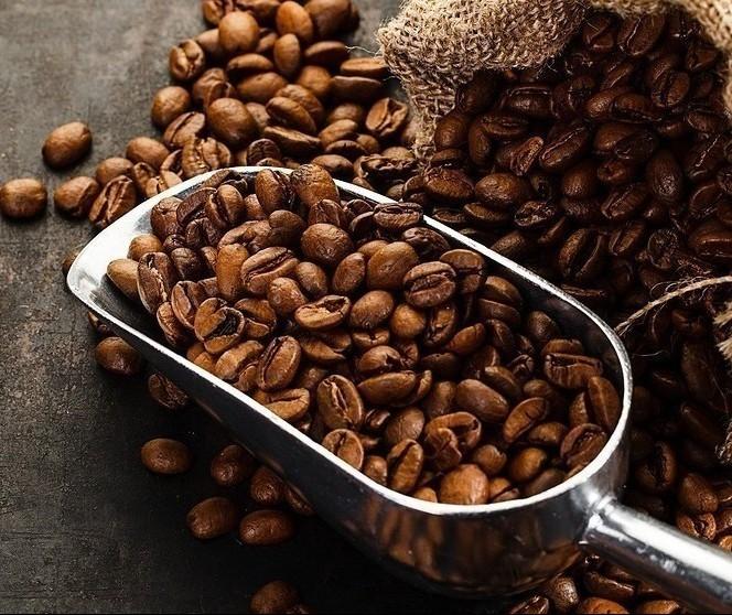 Café em coco custa R$ 8,10 o quilo em Umuarama
