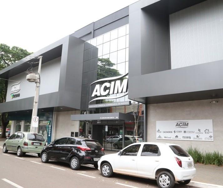 Acim se posiciona contra o novo decreto da Prefeitura de Maringá
