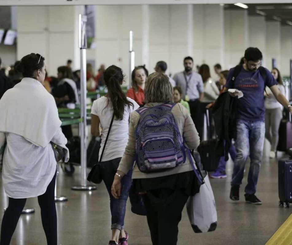 Aeroporto de Maringá espera aumento de 20% de passageiros neste ano
