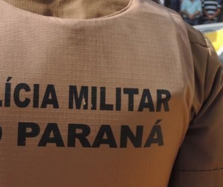 Polícia apreende caminhão com 400 caixas de cigarros em Umuarama