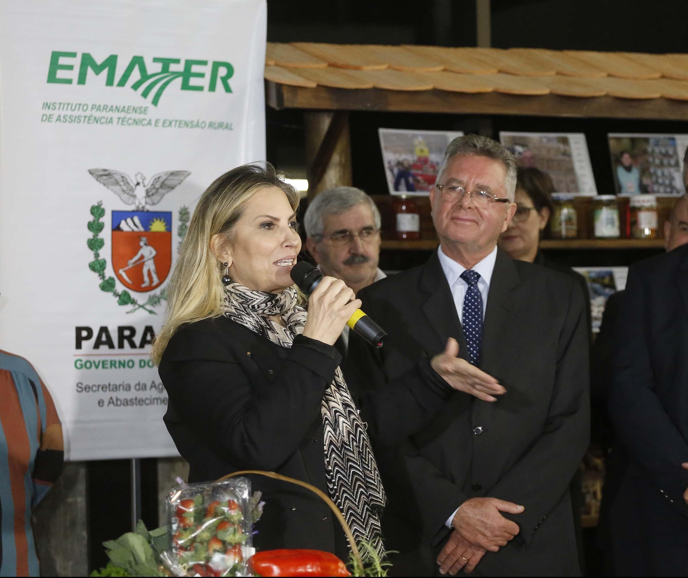 Emater tem novo diretor e 255 novos extensionistas