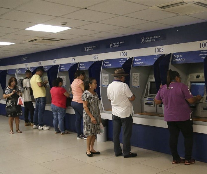 Além de reduzir juros, Caixa permitirá suspensão de pagamentos por até 60 dias