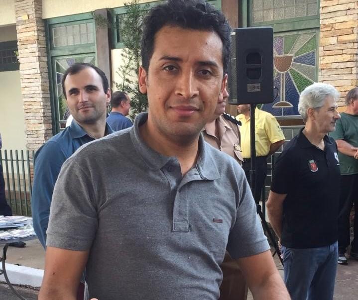 Deputado estadual soldado Adriano José participa da Expoingá