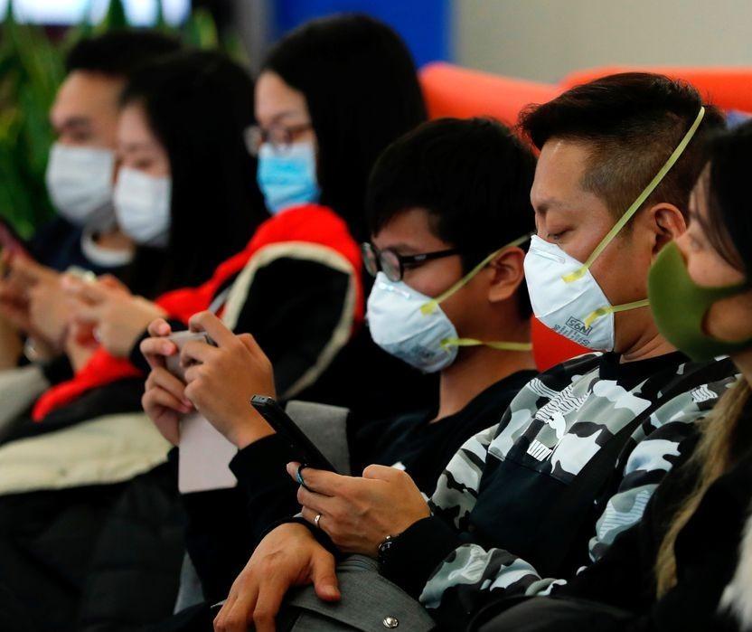 Empresa é notificada por vender máscara com preço 2.900% acima do normal