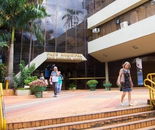 Maringá tem 13 candidatos a prefeito e 418 a vereador