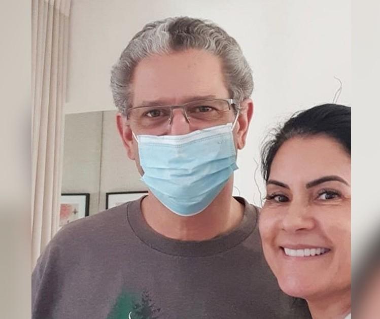 'Estar em casa é bom demais', diz Silvio Barros após alta médica